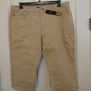 NWT - LEE tan denim capri - sz 18M - MSRP $48.00